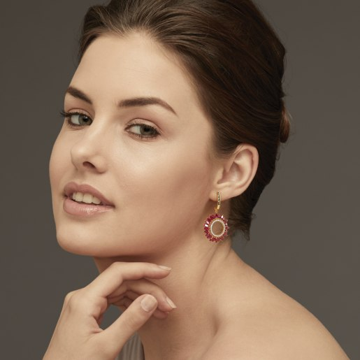 Diamond And Ruby Earring In Yellow Gold (10.47 Gram) With Diamonds (0.432 Ct)