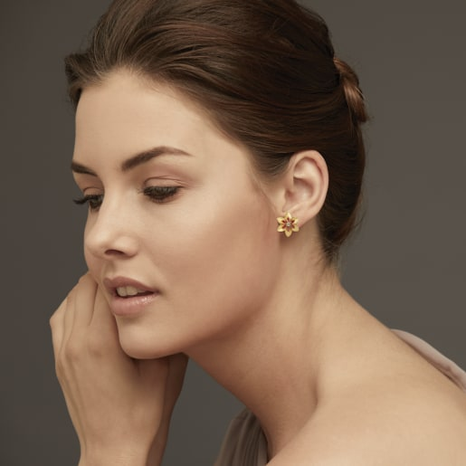 Diamond And Ruby Earring In Yellow Gold (3.42 Gram) With Diamonds (0.050 Ct)